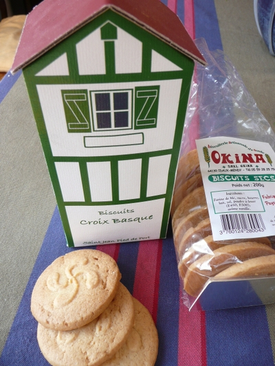 Basque_biscuit